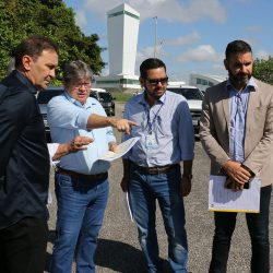 João Azevêdo visita áreas destinadas à construção de resorts em João Pessoa