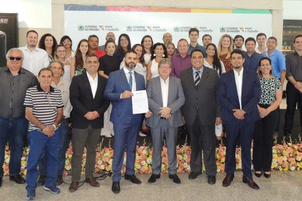 João Azevêdo lança edital para empreendimentos no Polo Turístico Cabo Branco