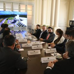João Azevêdo apresenta potencialidades da Paraíba à missão russa e recebe convite para Fórum do Brics