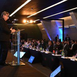 João Azevêdo apresenta potencialidades da Paraíba em Fórum da Abdib