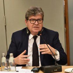 João Azevêdo destaca potencial tecnológico de Campina Grande em encontro com empresários alemães