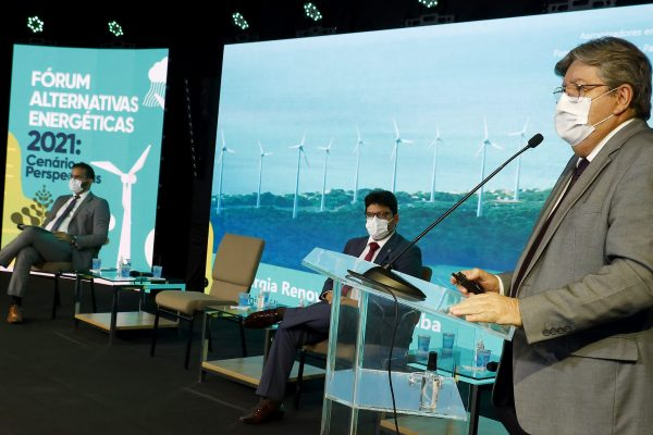 João Azevêdo destaca potencial logístico e capacidade de atração de investimentos da Paraíba em Fórum Alternativas Energéticas